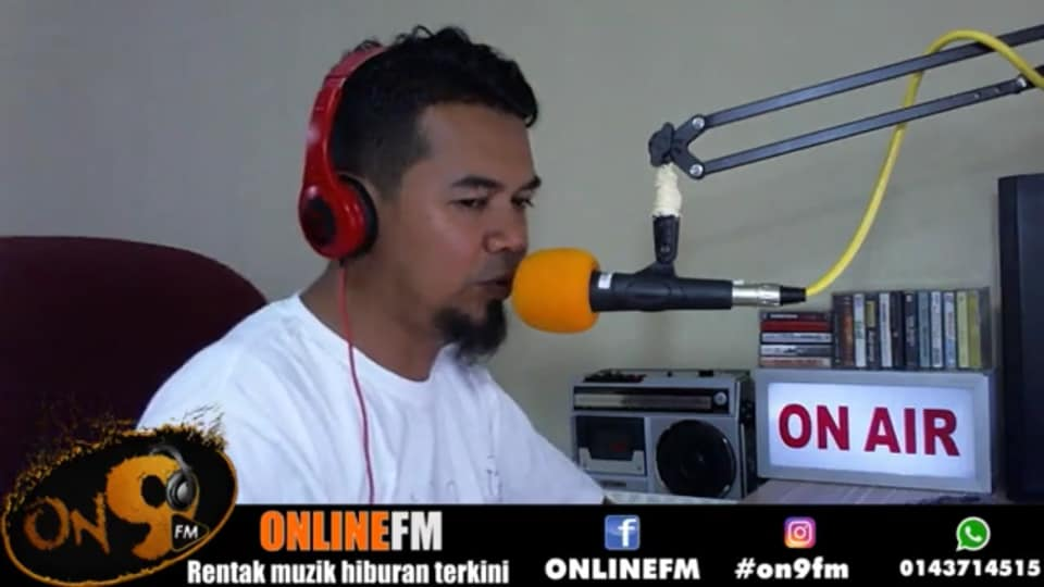 Dj Radio/FB Live Host